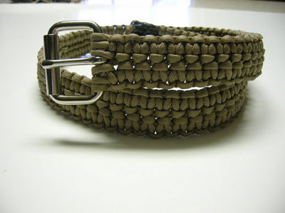 Basic list suggested items for long term survival page 116 for How to make a belt out of paracord